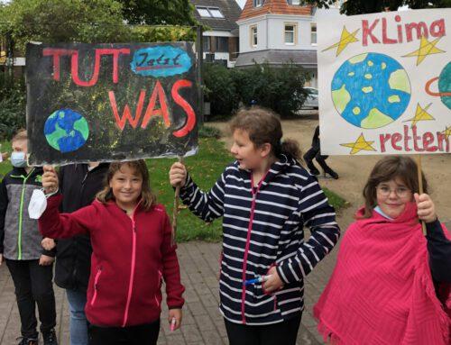 """""""Uns ist die Zukunft nicht egal"""" — Teilnahme am globalen Klimastreik 2021"""